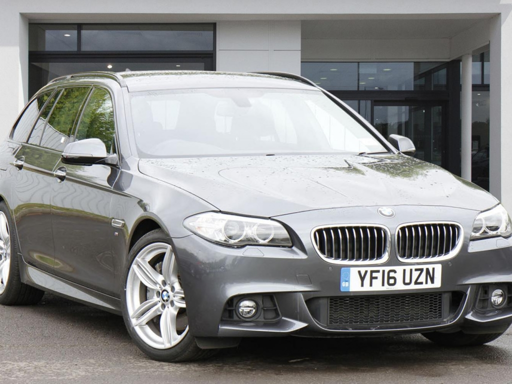 BMW 5 Series Touring YF16UZN - Image 10