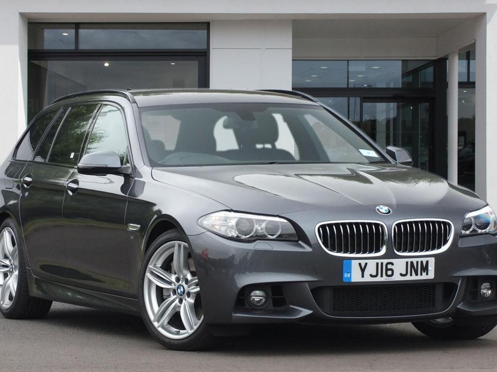BMW 5 Series Touring YJ16JNM - Image 2
