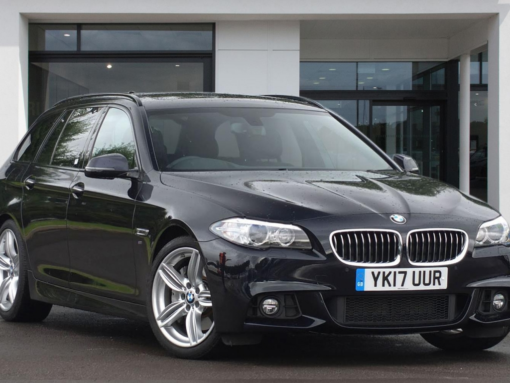 BMW 5 Series Touring YK17UUR - Image 3