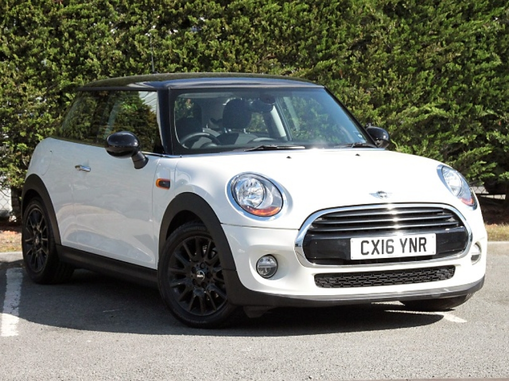 MINI COOPER D 3-DOOR CX16YNR - Image 6