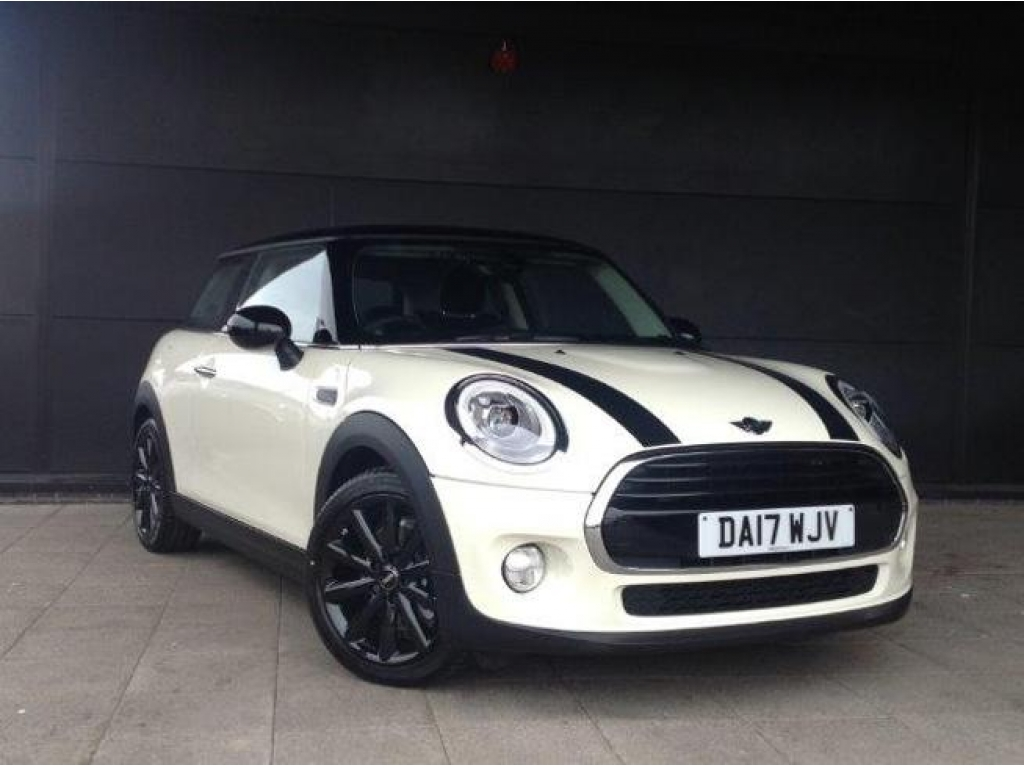 MINI COOPER D 3-DOOR DA17WJV - Image 4