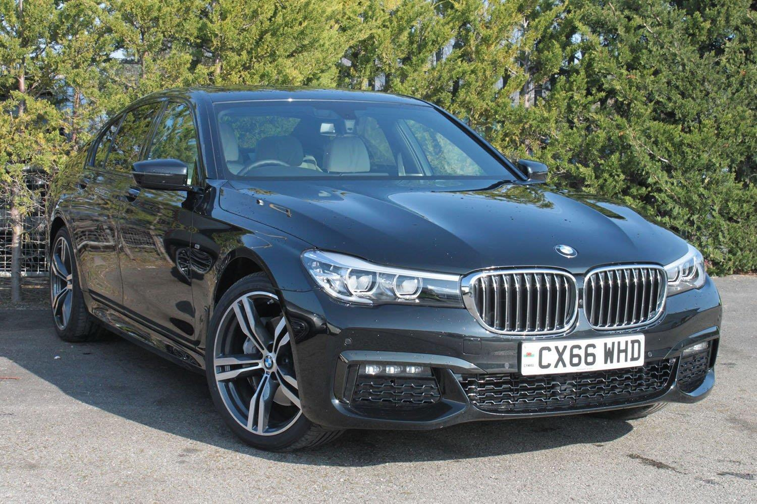 BMW 7 Series Saloon CX66WHD - Image 6