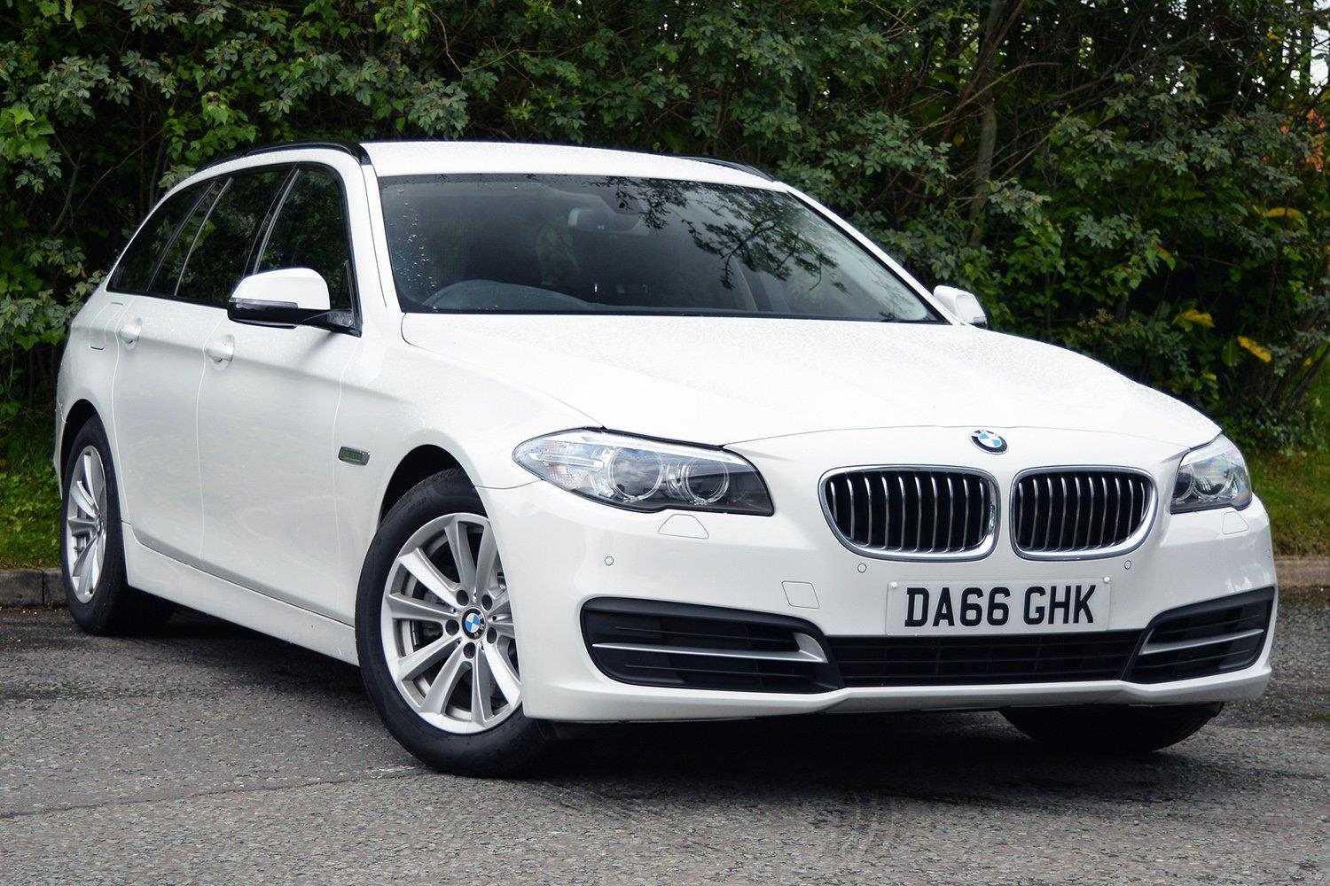 BMW 5 Series Touring DA66GHK - Image 10