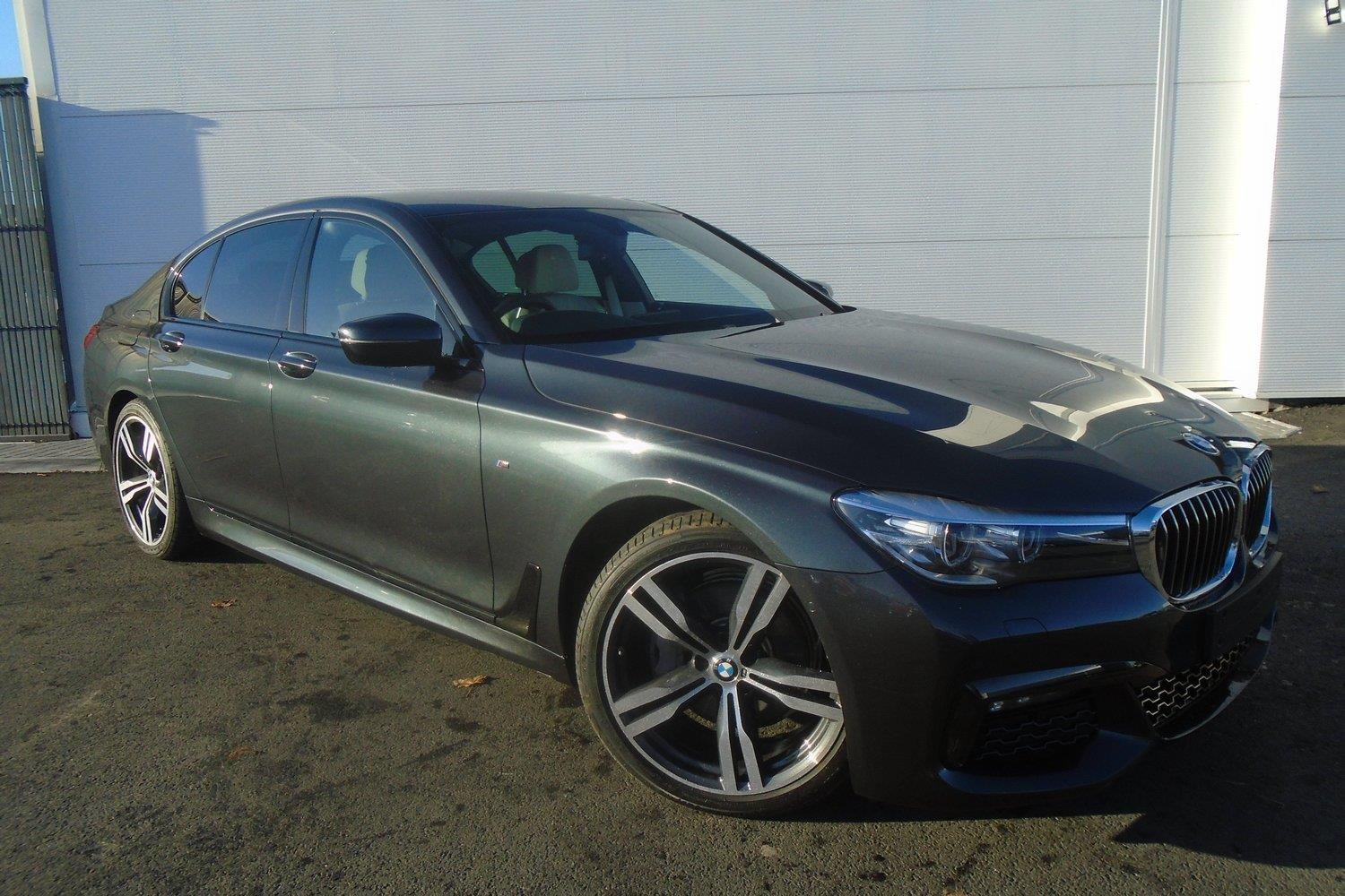 BMW 7 Series Saloon DA66ZVT - Image 2