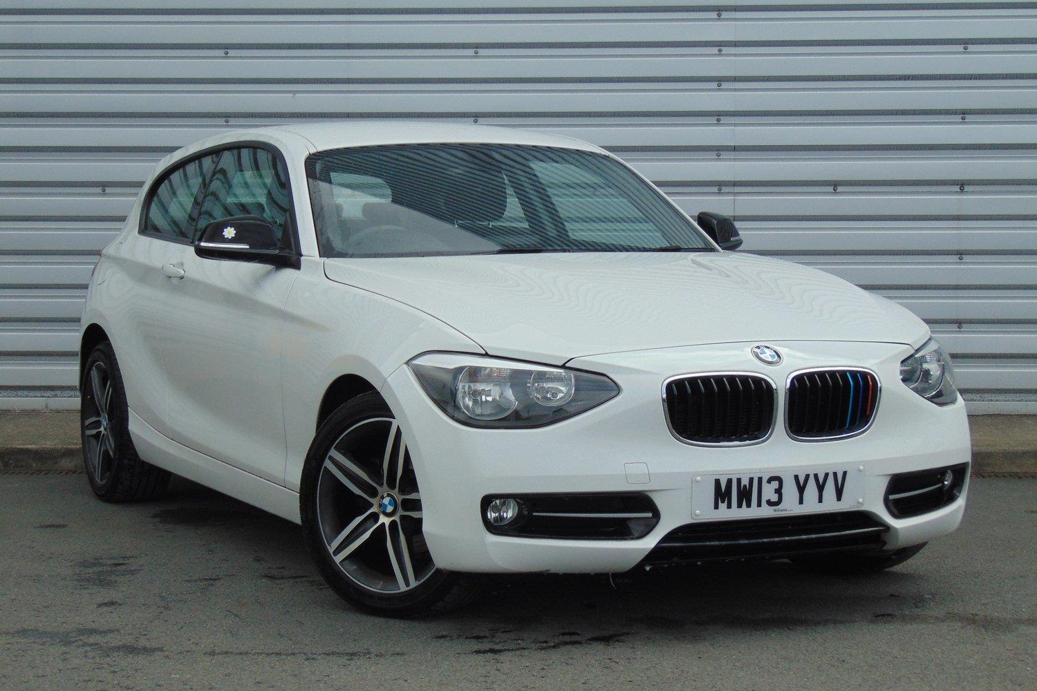 BMW 1 Series 3-door Sports Hatch MW13YYV - Image 10