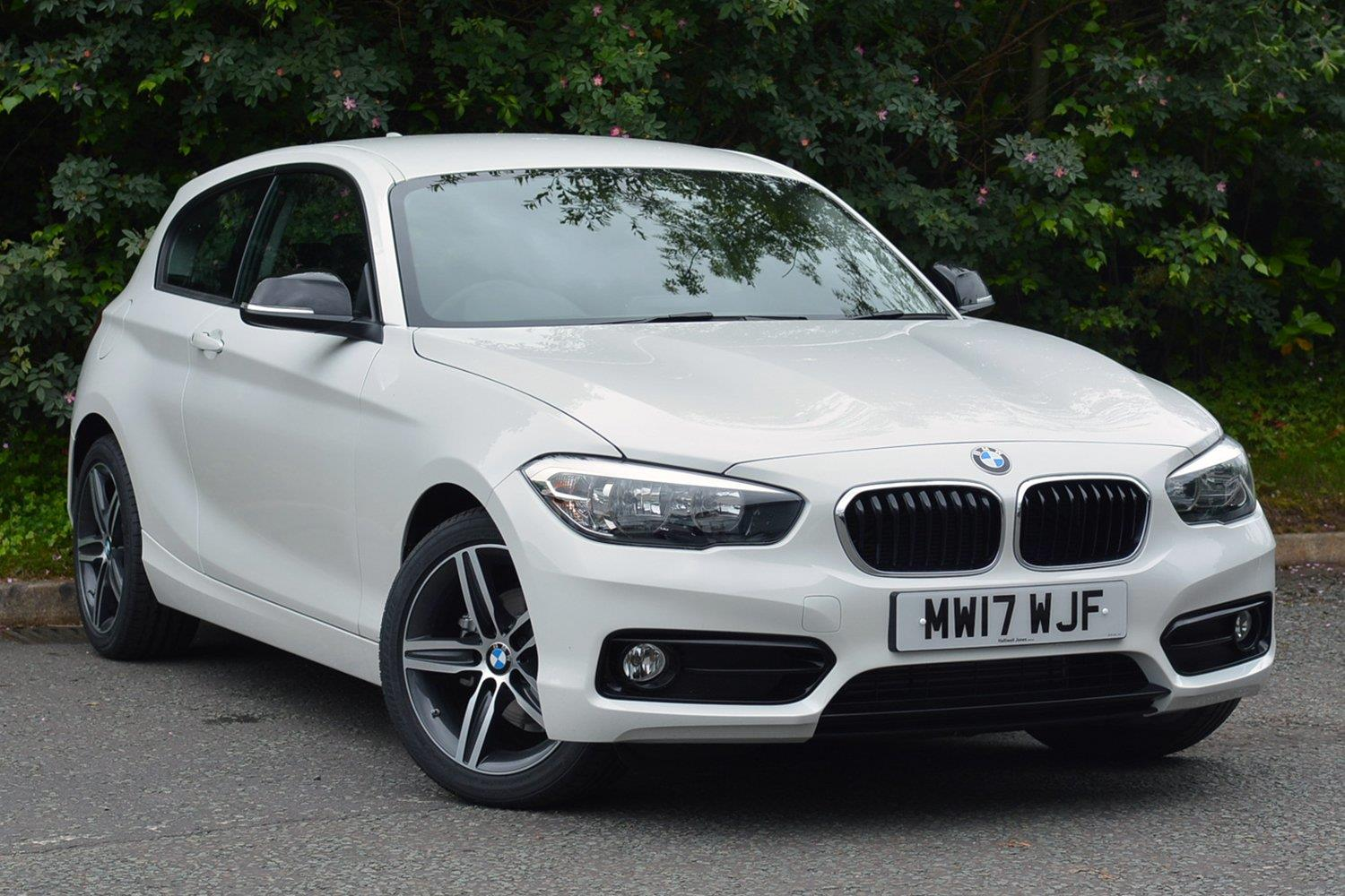 BMW 1 Series 3-door Sports Hatch MW17WJF - Image 6