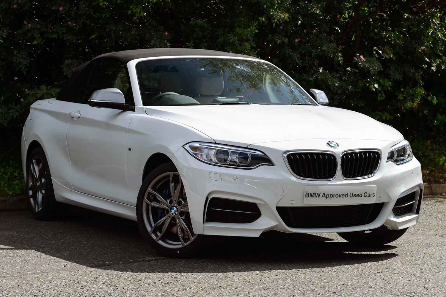 BMW 2 Series Convertible MW17YOV - Image 6