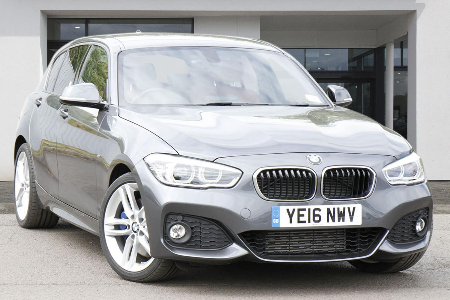 BMW 1 Series 5-door Sports Hatch YE16NWV - Image 1
