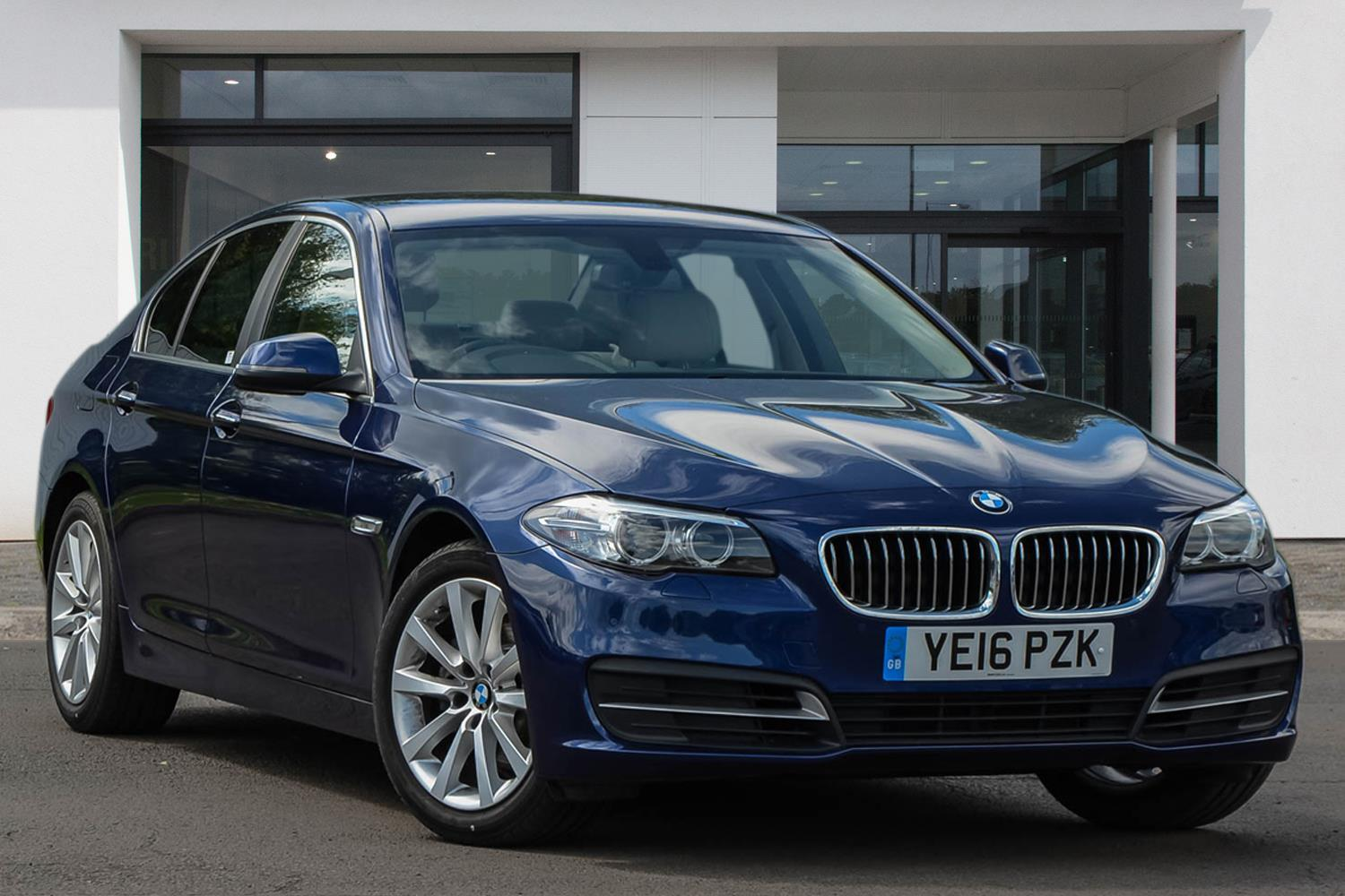 BMW 5 Series Saloon YE16PZK - Image 2