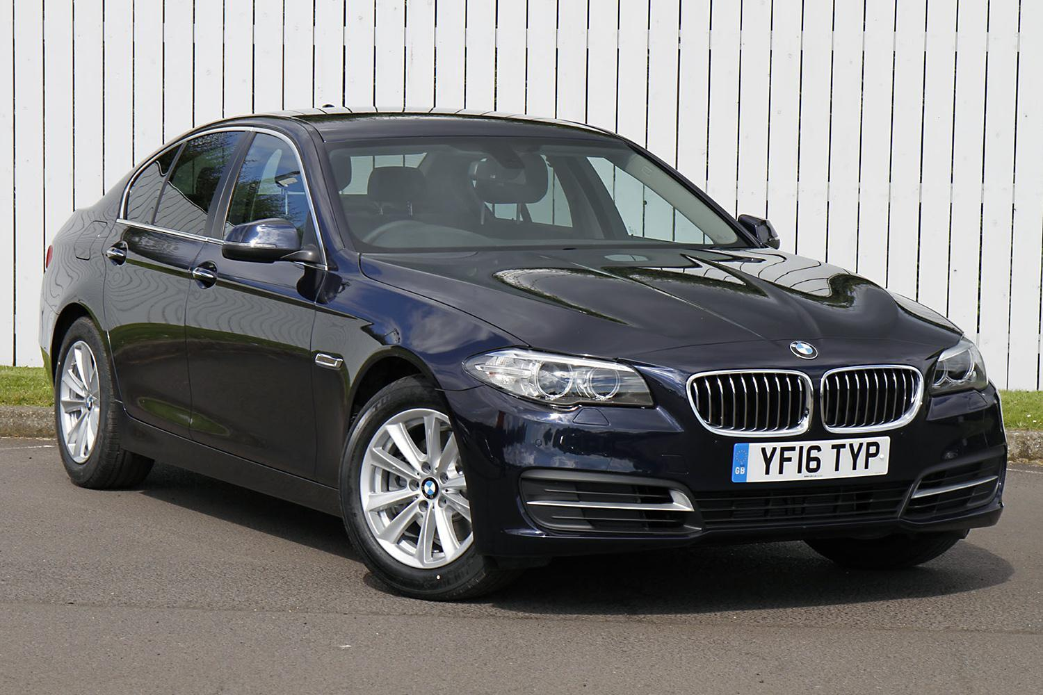 BMW 5 Series Saloon YF16TYP - Image 9