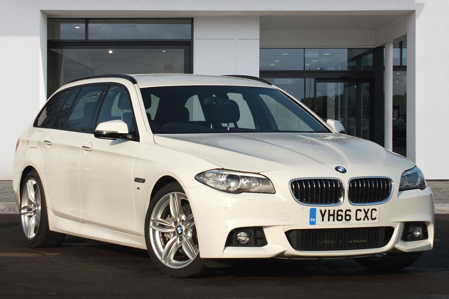 BMW 5 Series Touring YH66CXC - Image 6