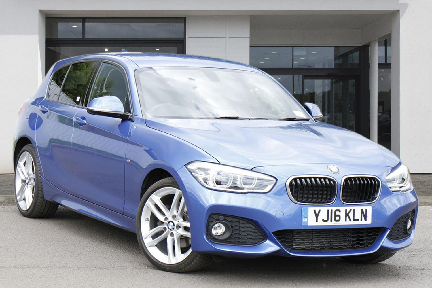 BMW 1 Series 5-door Sports Hatch YJ16KLN - Image 3