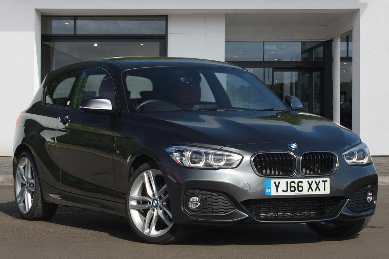BMW 1 Series 3-door Sports Hatch YJ66XXT - Image 9