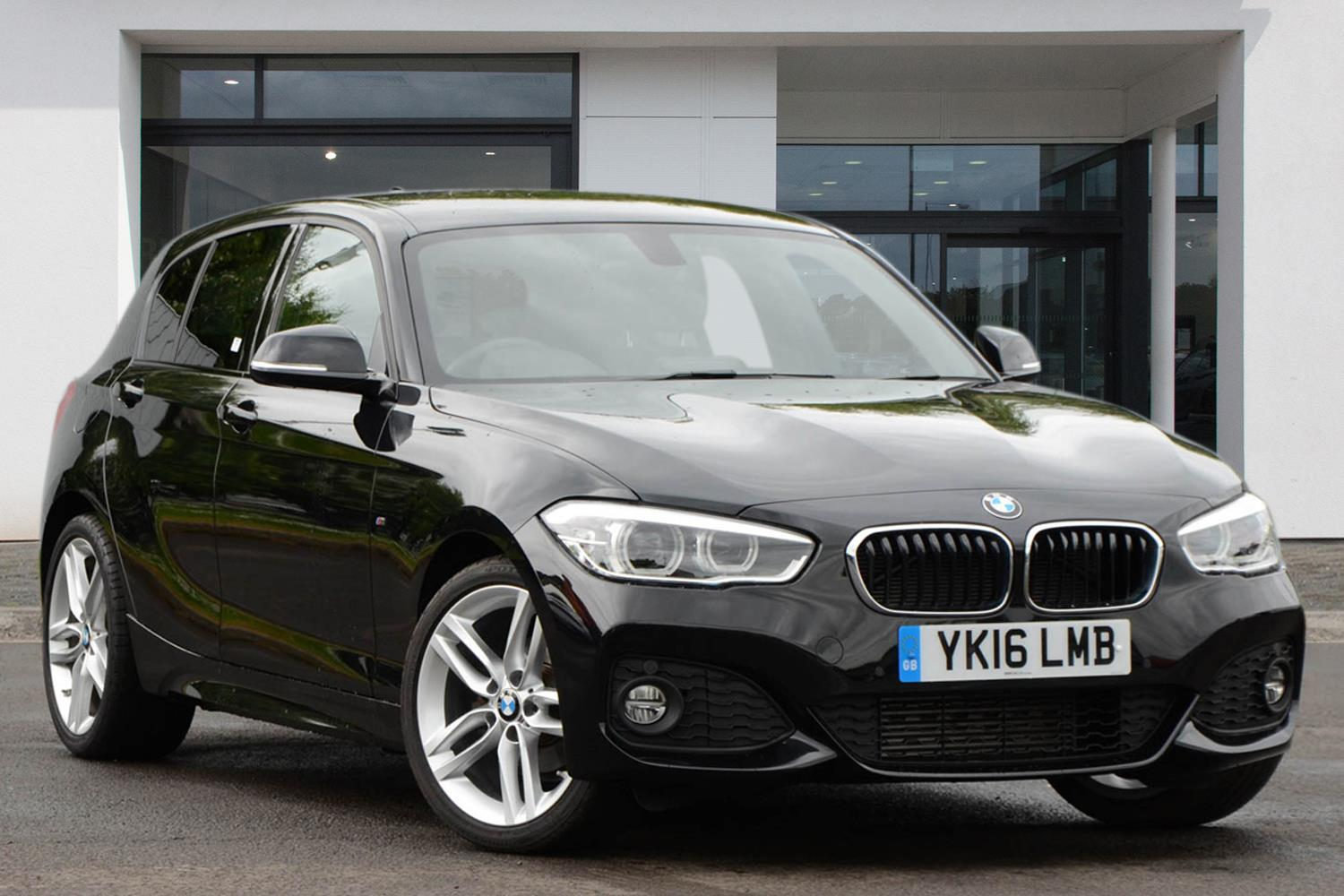 BMW 1 Series 5-door Sports Hatch YK16LMB - Image 8