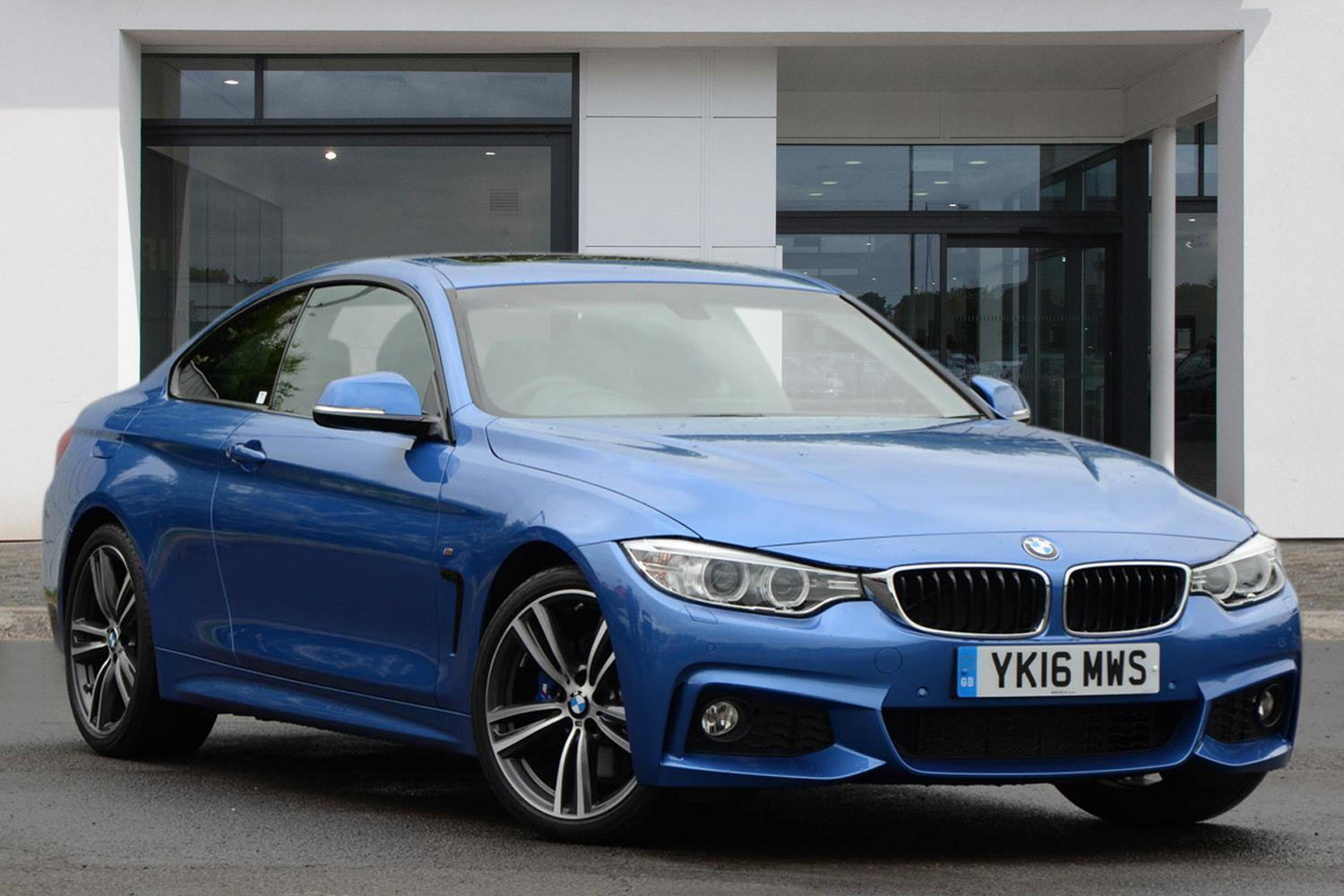 BMW 4 Series Coupé YK16MWS - Image 2