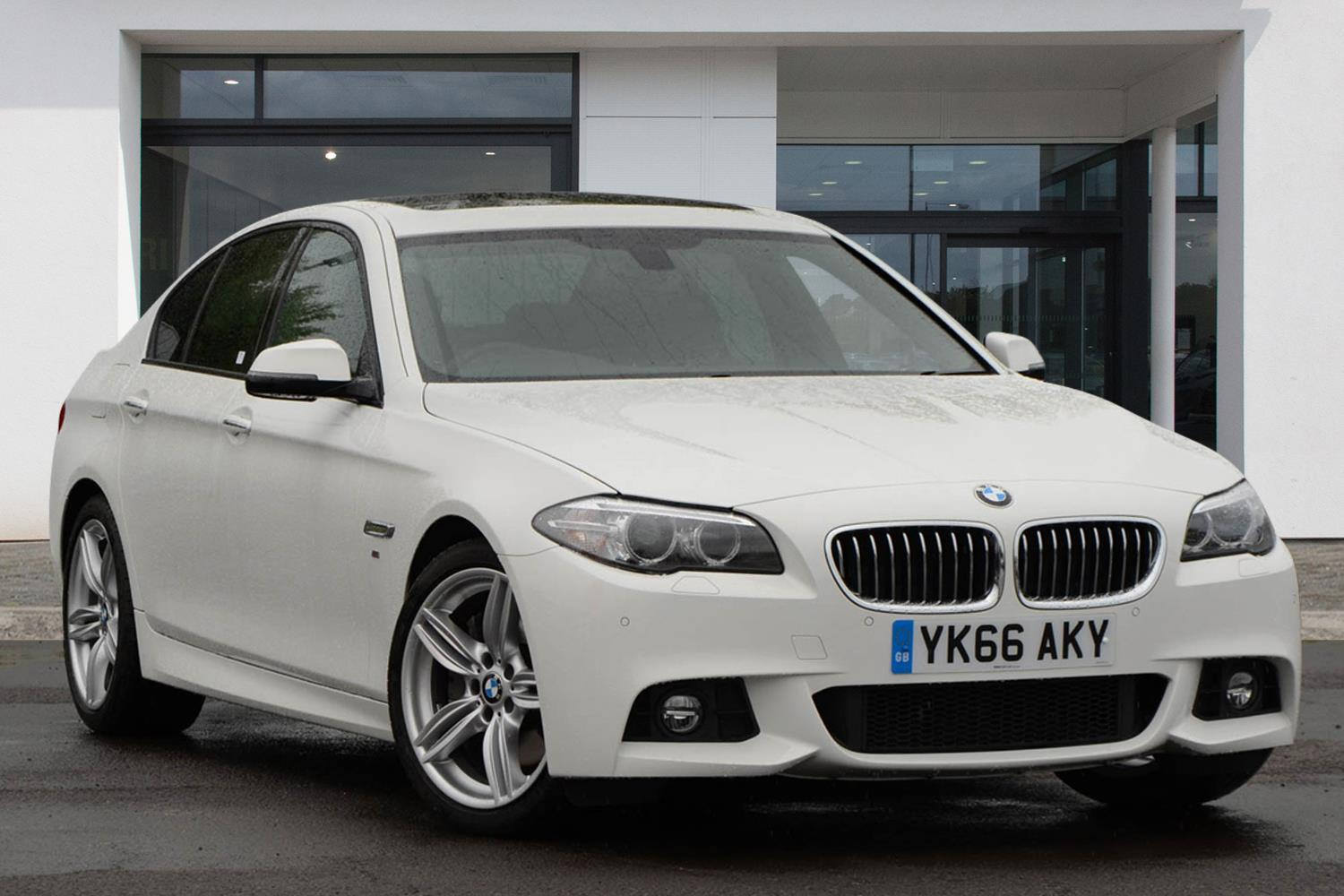 BMW 5 Series Saloon YK66AKY - Image 6