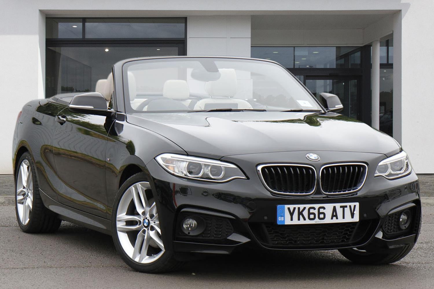 BMW 2 Series Convertible YK66ATV - Image 10