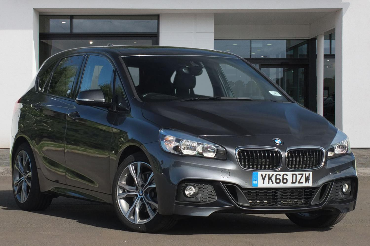 BMW 2 Series Active Tourer 5-Door YK66DZW - Image 3
